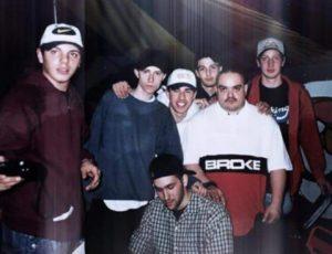 Nel 1998 ad un live del Colle Der Fomento